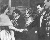 С королевой Великобритании Елизаветой после концерта